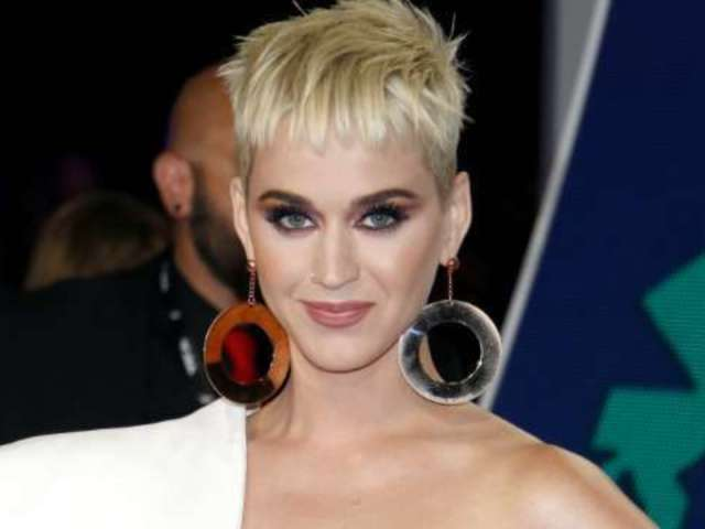 Katy Perry Reveals New Hair Color for World Tour