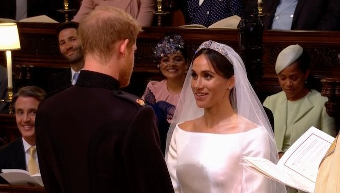 meghan-markle-wedding-dress-prince-harry-vows
