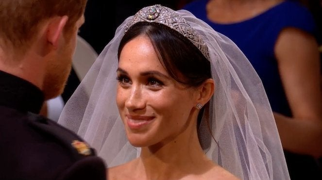 meghan-markle-wedding-dress-royal-wedding-prince-harry
