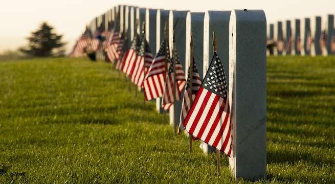 memorial-day-american-flags-graves