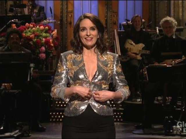 'Saturday Night Live': Tina Fey Returns With Celebrity-Filled Q&A Monologue