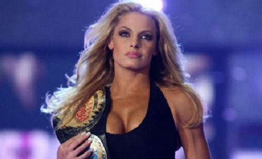 trish stratus wwe attitude era matches