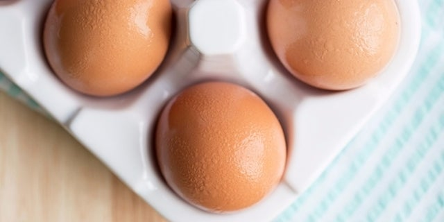 Brown_Eggs_RESIZED-03