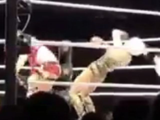 Watch: Lana's Hair Extensions Go Flying After Asuka Roundhouse