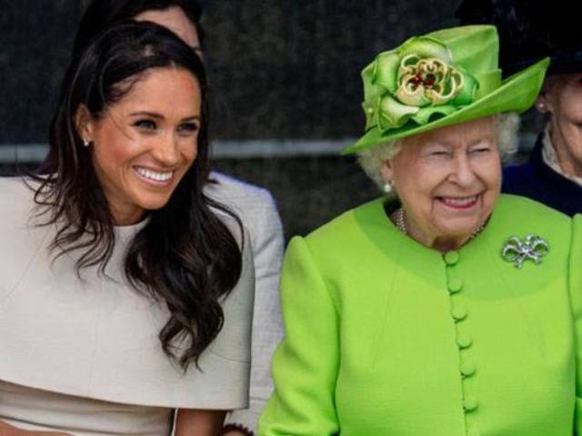 Queen Elizabeth II Breaks Silence on Prince Harry and Meghan Markle's Big 'Transition' Announcement
