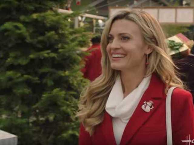 Hallmark Channel Reveals Christmas in July Movie Schedule
