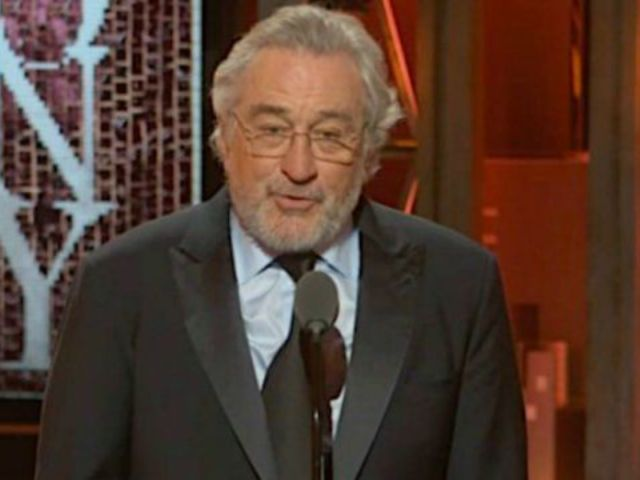 2018 Tony Awards: Robert De Niro Receives Standing Ovation for NSFW Comment