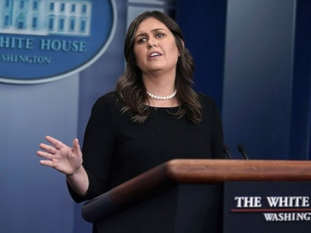 Sarah Sanders, CNN Clash Over Pittsburgh Synagogue Shooting
