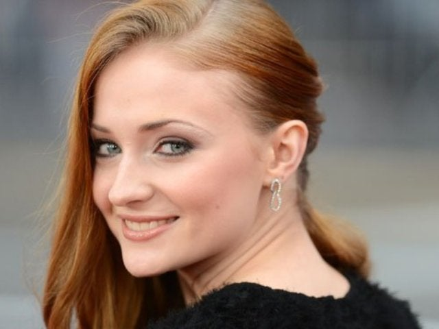 'Game of Thrones' Star Sophie Turner Reveals She Has Had Relationships With Women