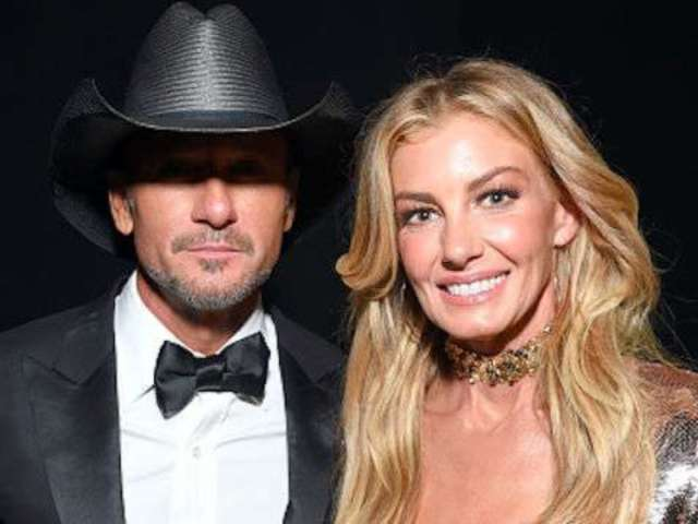 Tim McGraw Posts Sweet Throwback Photo With Faith Hill From 2015 Oscars