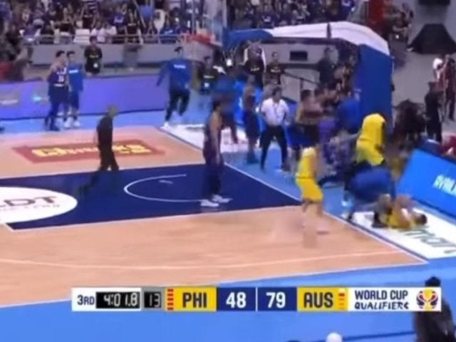 Watch Madness Ensue After Massive Basketball Brawl Breaks Out