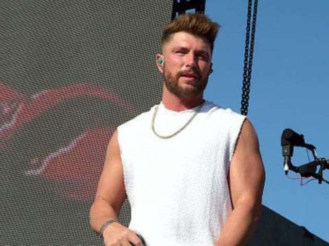 Watch Chris Lane, Tori Kelly Perform 'Take Back Home Girl' on 'Today'