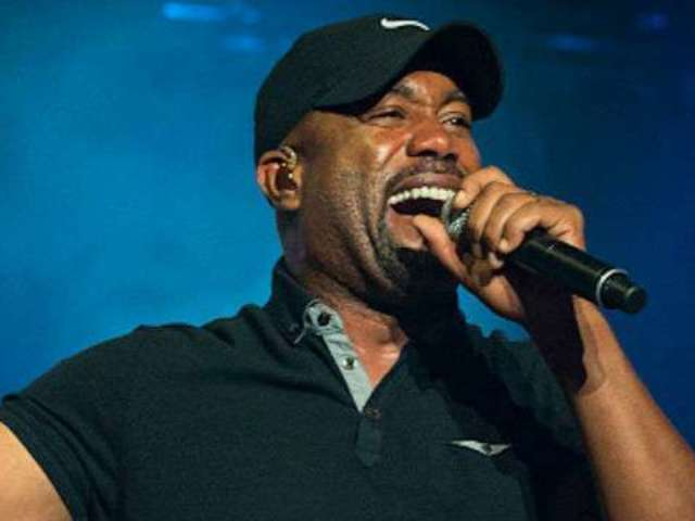 Darius Rucker Reveals His Favorite Christmas Family Traditions