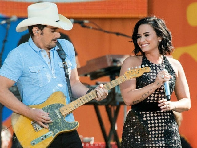 Brad Paisley Offers Support to Demi Lovato After Reported Overdose