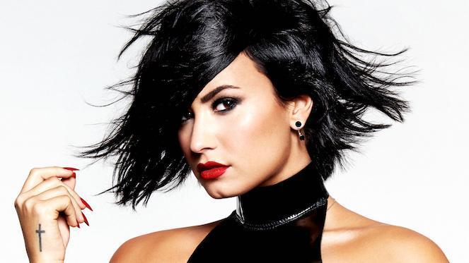 Demi-Lovato-Confident-Single-Cover_Hollywood-Records