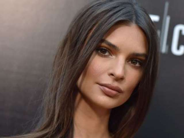 Emily Ratajkowski Shows off Sparkling New Engagement Ring She Got 4 Months After Wedding