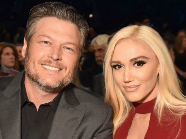 Blake Shelton and Gwen Stefani Stay at No. 1 for Second Week With 'Nobody But You'