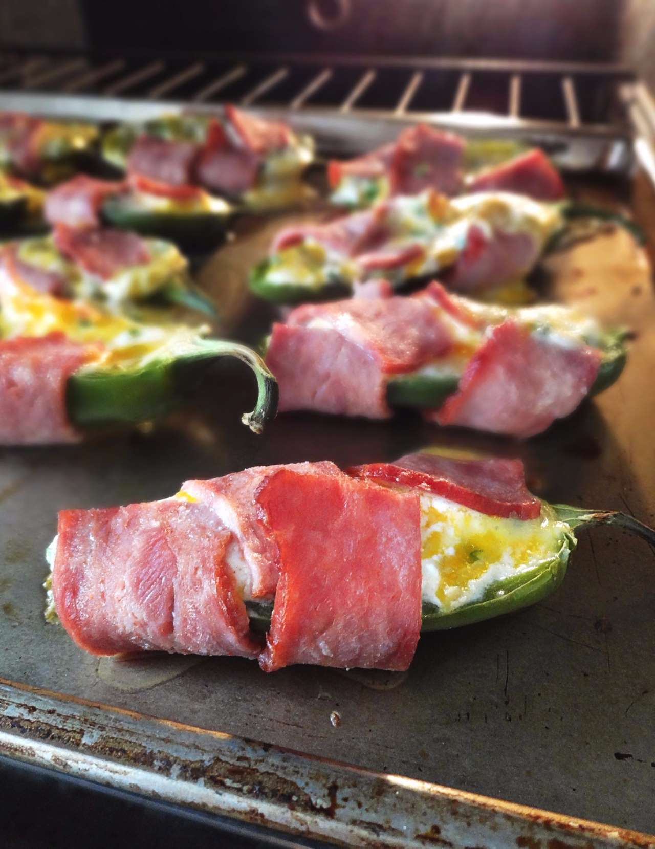 healthy-stuffed-jalapeno-poppers-yogurt-cheerful-kitchen