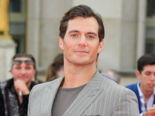 Henry Cavill Apologizes for Controversial #MeToo Comments