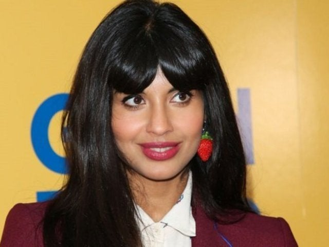 'The Good Place' Star Jameela Jamil Reacts to E!'s Golden Globes Red Carpet Typo