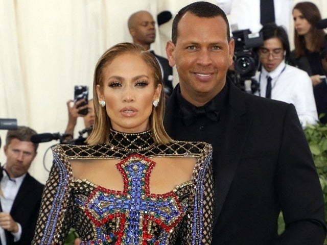 Jennifer Lopez Shares Loving Photo With Alex Rodriguez on Beach Day With Kids