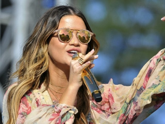 Maren Morris Debuts New Long Blond Hair While on Girl: The World Tour