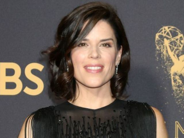 Neve Campbell on 'Party of Five' Reboot: 'I Love the Idea'
