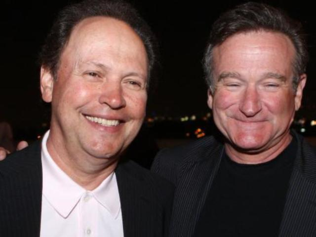 Robin Williams Used to Leave Blisteringly Funny Voicemails for His Friends