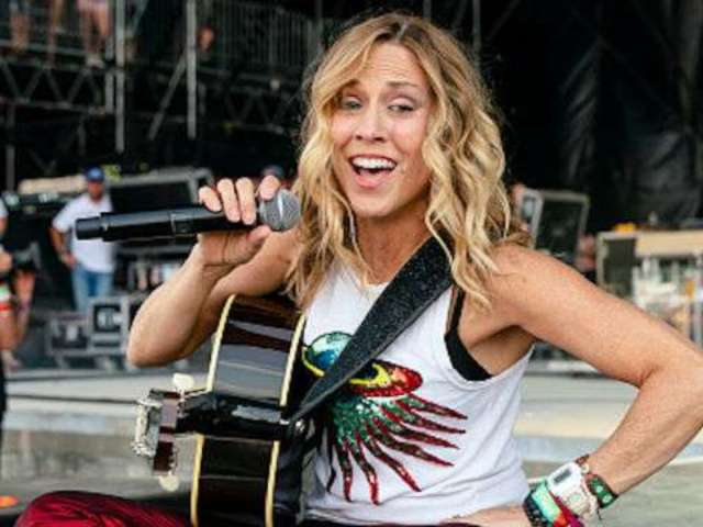 Sheryl Crow Preps Duets Album, Signs With Big Machine