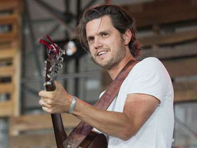 Steve Moakler Expecting Baby With Wife Gracie