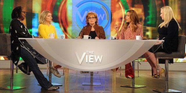 the-view-hosts-ABC-Paula-Lobo
