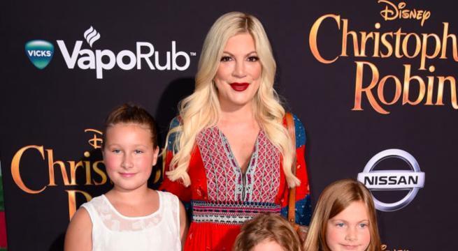 tori-spelling-daughter-stella-cast-christopher-robin-premiere