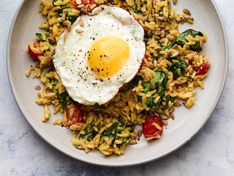 0517-curry-coconut-rice-vegetables-fried-egg