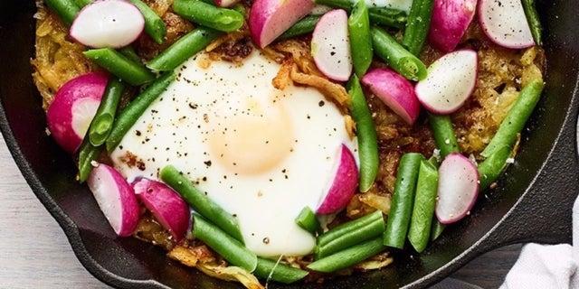 0517-potato-radish-green-bean-hash