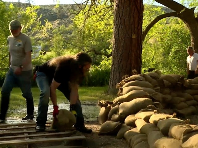 'Alaskan Bush People' Family Construction Challenged by Flood Waters