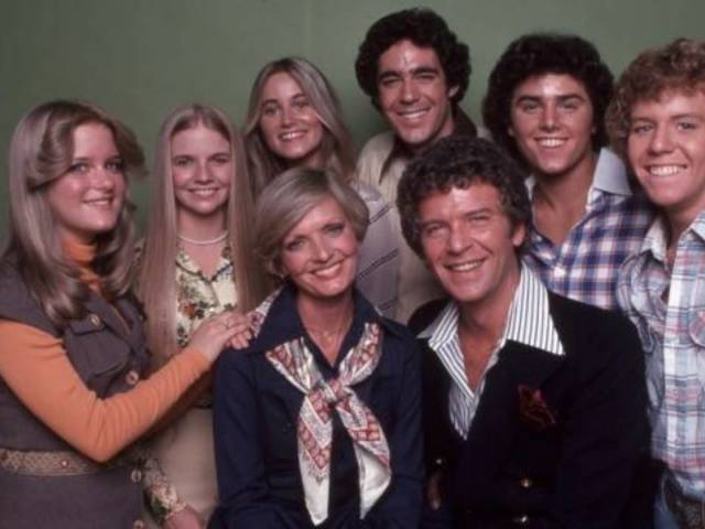 HGTV Paid Nearly Double the Listing Price for 'Brady Bunch' House