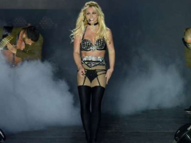 Britney Spears Forgets Where She Is During Tour Performance
