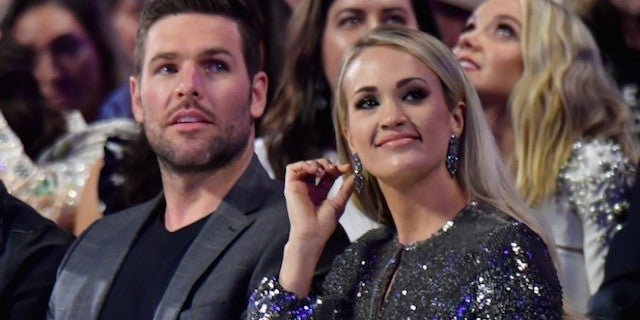 carrie-underwood-mike-fisher-CMT-Music-Awards-Getty-Images