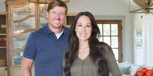 chip-joanna-gaines-hgtv-discovery-03