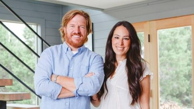 chip-joanna-gaines-hgtv-discovery-04