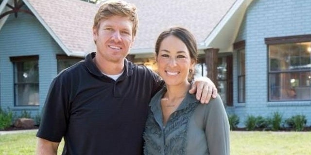 chip-joanna-gaines-hgtv-discovery-05