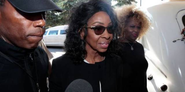 gladys knight aretha franklin funeral getty images