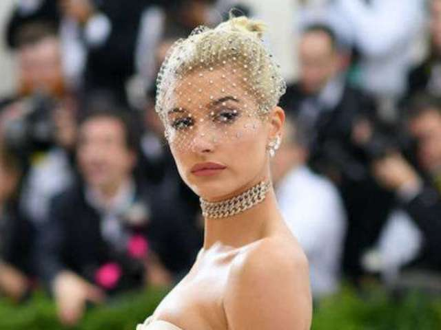 Hailey Baldwin Flaunts Stunning Engagement Ring on 'Vogue Mexico' Cover
