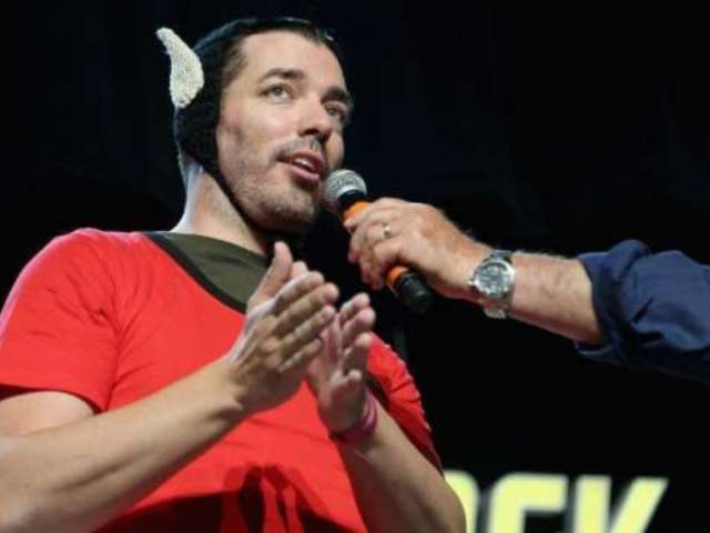 'Property Brothers' Twin Jonathan Scott Beams From 'Star Trek' Convention Appearance