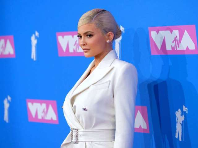 2018 MTV VMAs: Kylie Jenner Takes CEO Chic to the Red Carpet
