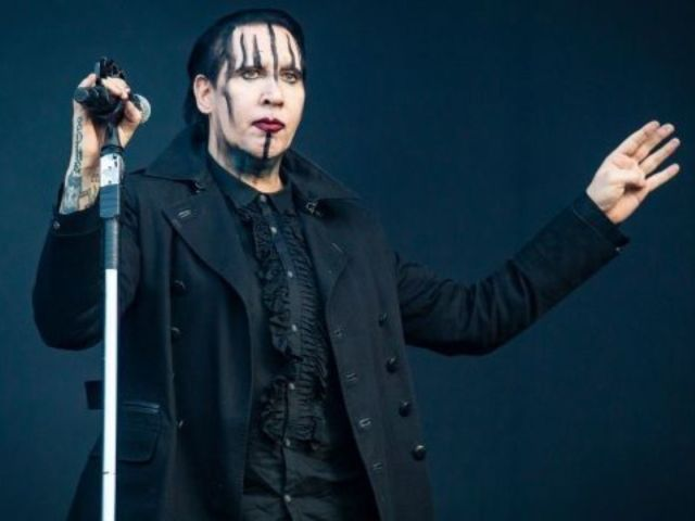 Marilyn Manson Collapses During Concert in Houston