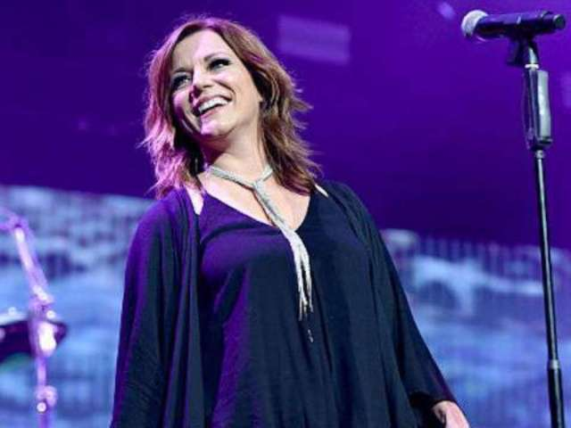 Martina McBride Announces Christmas Album and Tour