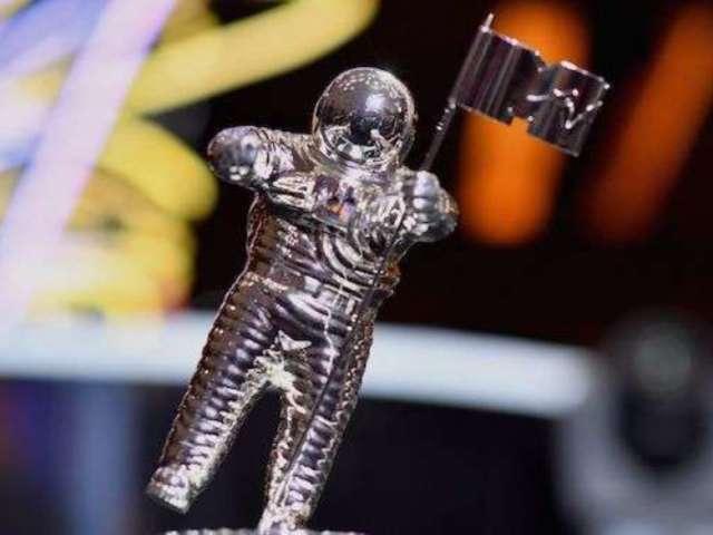 2018 MTV VMAs Calling Trophies 'Moon Persons' Instead of 'Moon Men'