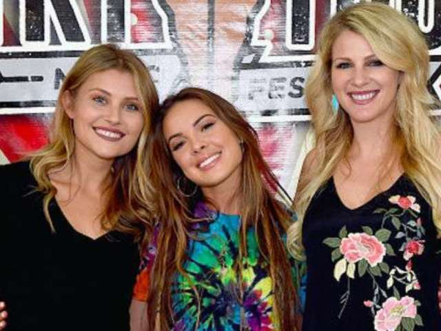 Runaway June Perform Exclusive Acoustic Version of 'Buy My Own Drinks'