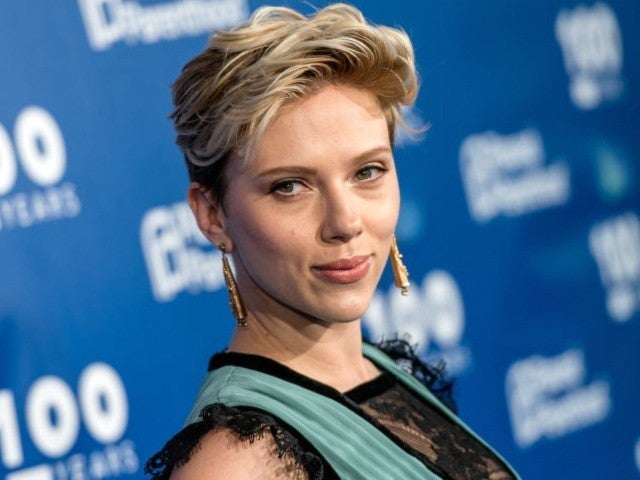 Scarlett Johansson Taken to LAPD Station After Paparazzi Scare